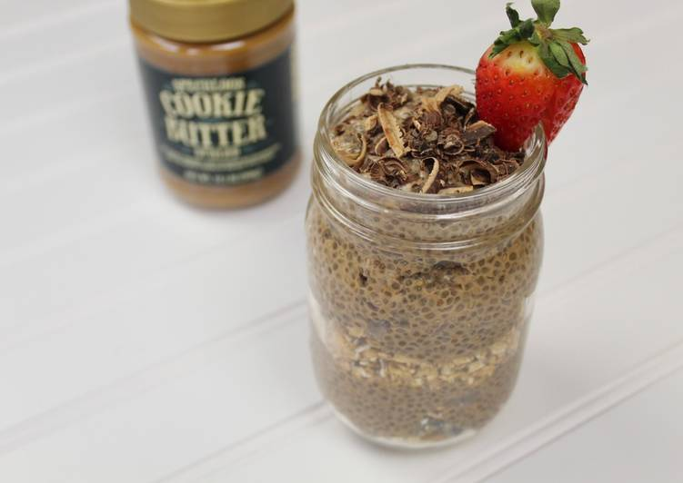 Chia pudding with cookie butter