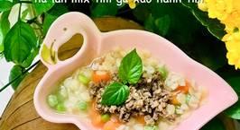 Hình ảnh món Ăn dặm- nui sao nấm đùi gà, carrot, đậu hà lan mix tim gà xào hành tím