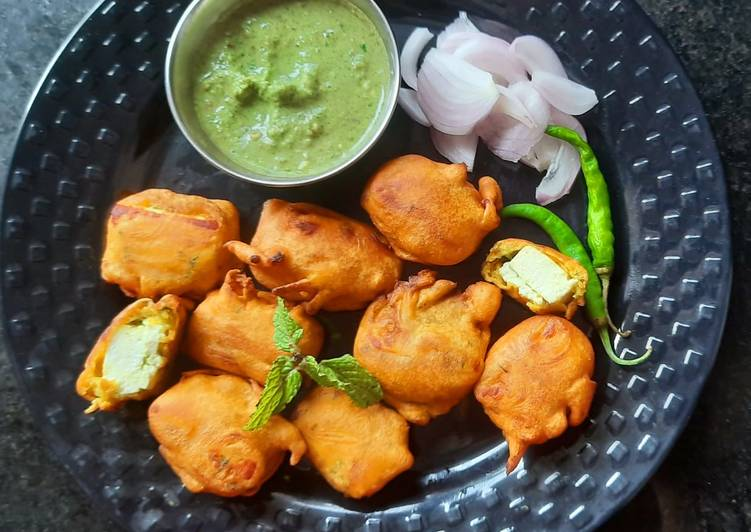 10 Minute Easiest Way to Make Special Paneer pakoda