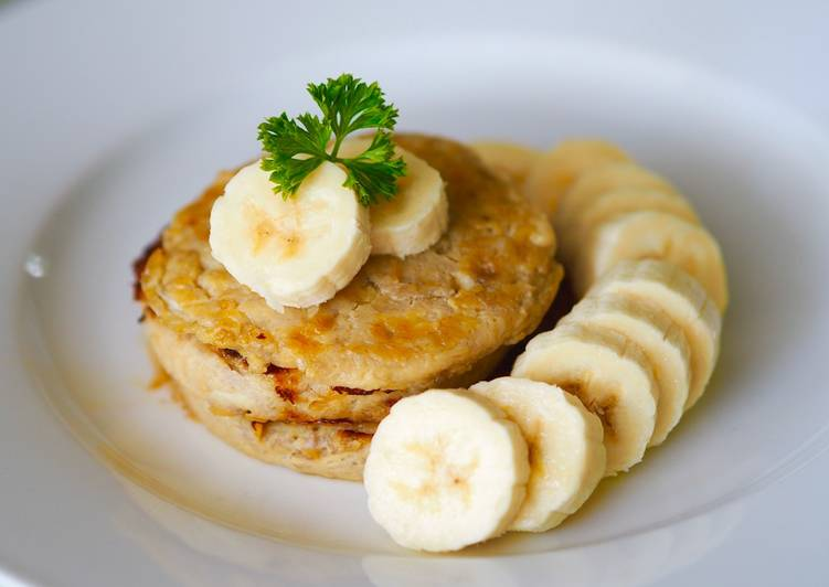 สูตร แพนเค้กกล้วยหอม (สูตรไร้แป้ง ส่วนผสม 2 อย่าง) โดย Kanoknate May  Supasri - Cookpad