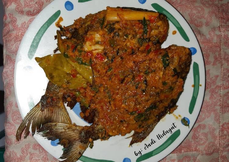 Bawal goreng sambal cobek