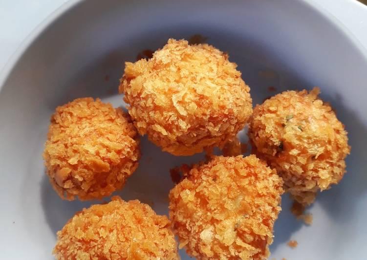 Bola - Bola Ayam
