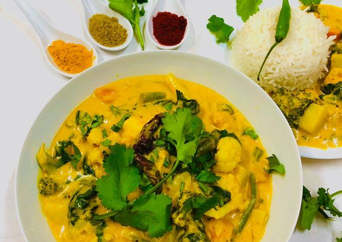 Mix veg with mango purée and coconut milk
