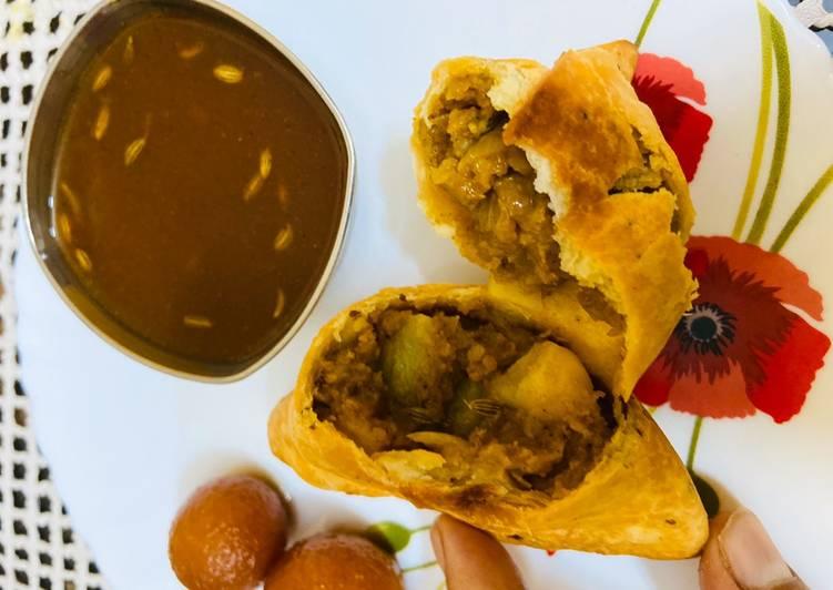 Recipe of Homemade Samosa with instant amchur chutney