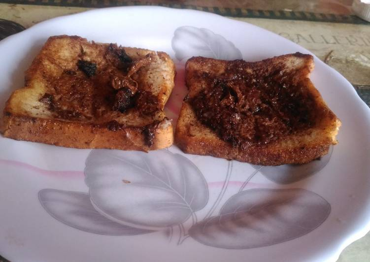 Use Food to Elevate Your Mood Nutella toast