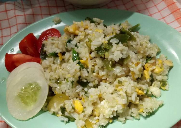 Nasi goreng sambal hijau – Resep membuatnya