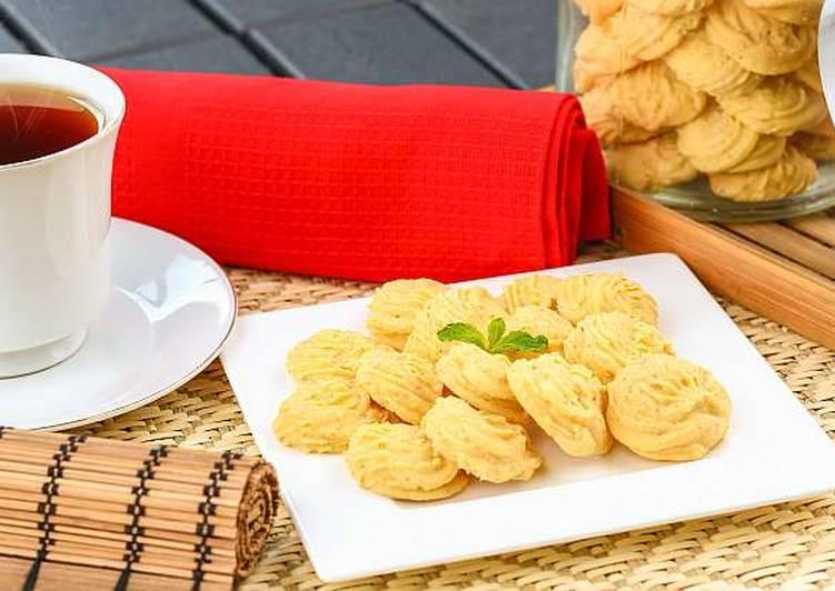 Cara Gampang Membuat Kue Sagu Kacang yang Bikin Ngiler