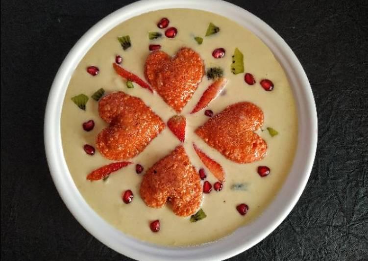 Sweet fruits ravioli in Rich creamy sauce