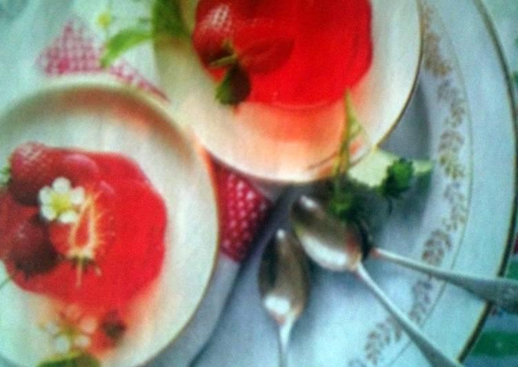 "Strawberry and Rose Wine Jellies ""Awen"""