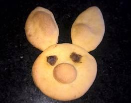 Cómo cortar carita de conejo con masa de galletas