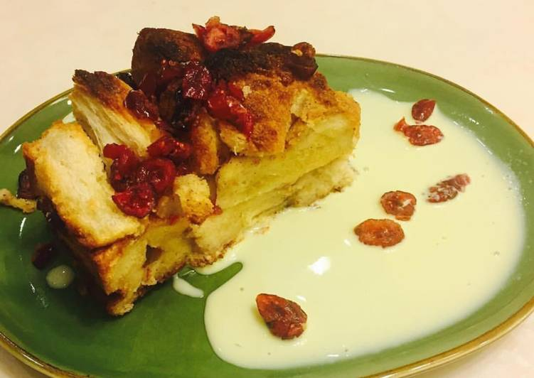 Cranberry Bread Pudding - velavinkabakery.com