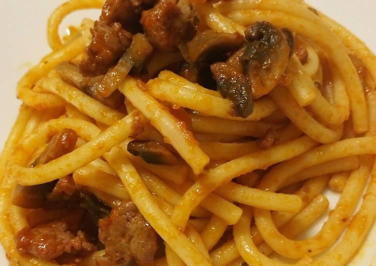 Recipe: Yummy Bucatini con ragú di salsiccia e funghi