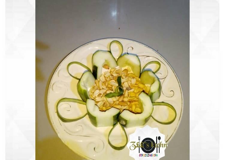 Cucumber with peanut/groundnut