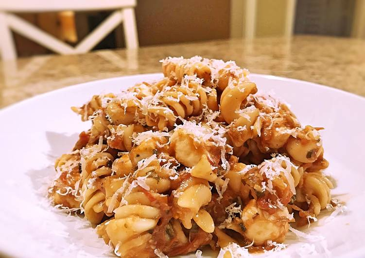 Recipe: Perfect Roasted heirloom tomato mozzarella pasta