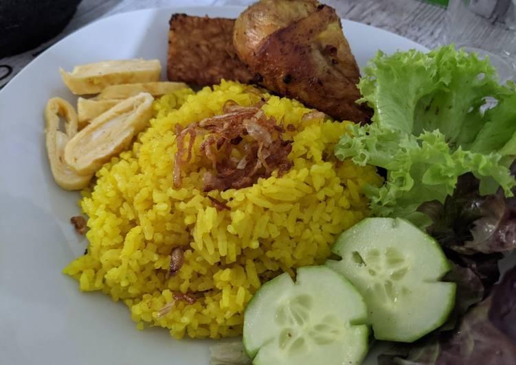 Nasi Kuning Bogor