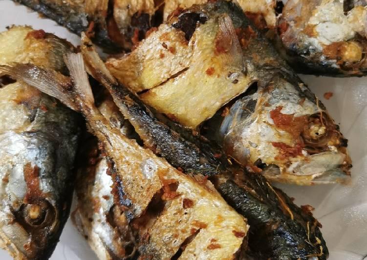 Ikan Kembung Goreng bumbu seadanya