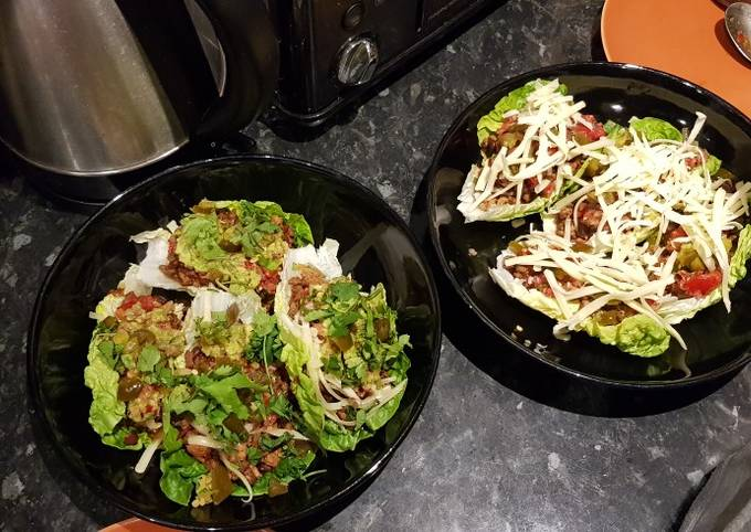 Carb free tacos with chilli