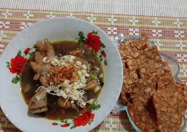 Rawon Ayam + Ceker
