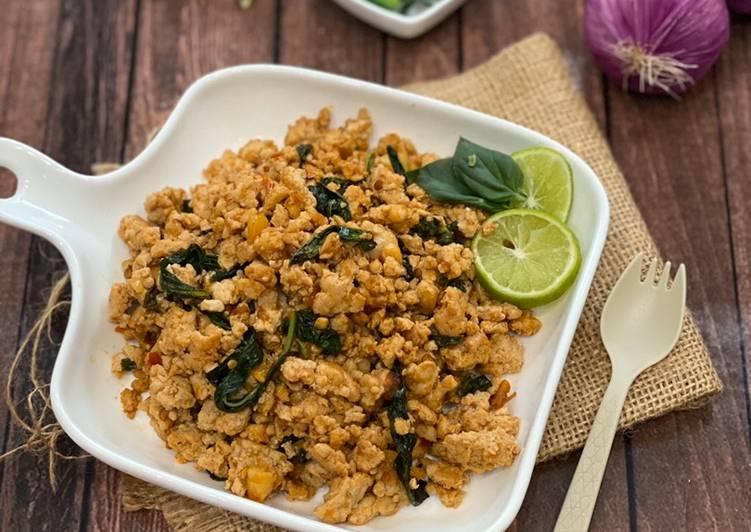 Thai Basil Chicken ala Tiger Kitchen
