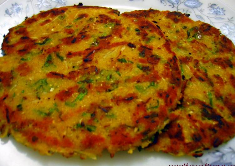 Dining 14 Superfoods Is A Terrific Way To Go Green And Be Healthy Maize flour raddish pratha