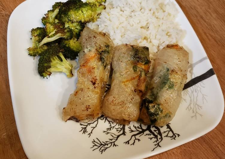 Chicken & Kale Spring rolls