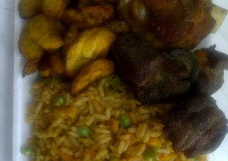 What is Dinner Ideas Refreshing Jolly rice with fried goat meat and plantain