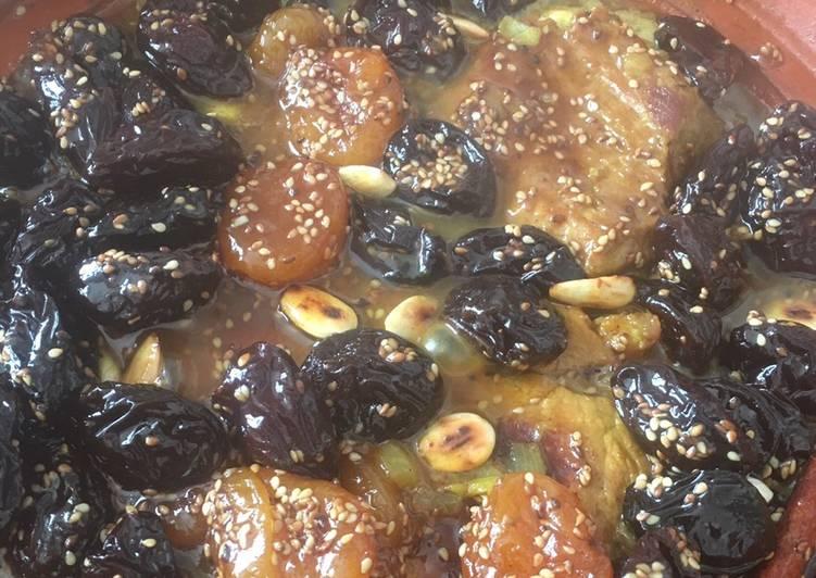 Comment Cuisiner Savoureux Tajine aux pruneaux et abricots secs