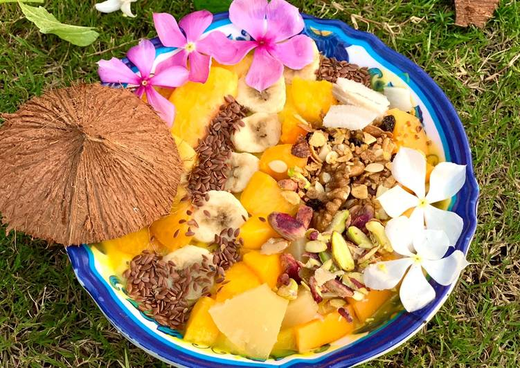 Simple Way to Prepare Perfect Tropical Mango Smoothie Bowl