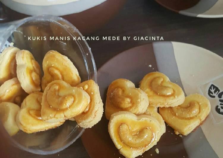 Kukis Manis Rasa Susu plus Kacang Mede (#pr_kuekering)