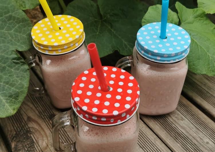 Comment Préparer Des Milkshake fraise/banane