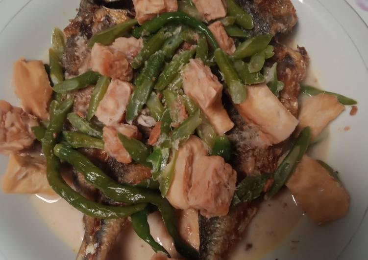 Ikan sarden masak tauco