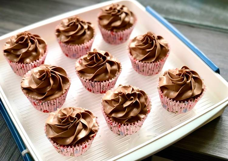 How to Make Perfect Mocha Cupcakes