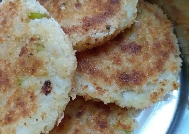 Aloo Tikki (Indian Potato Patties)