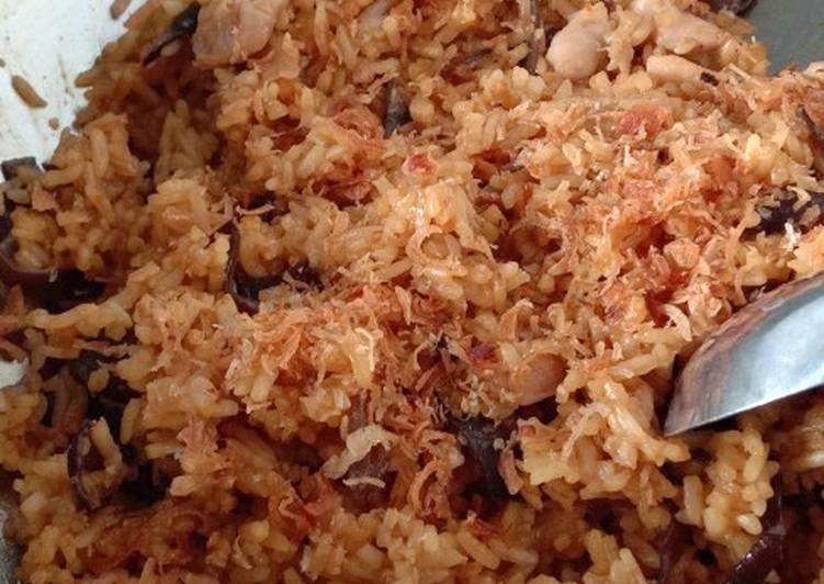 Nasi Goreng Ayam Jamur Kuping