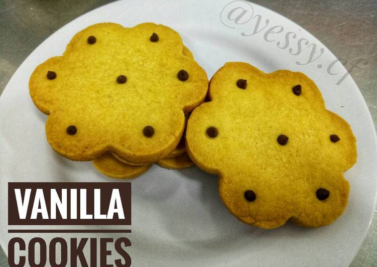 Vanilla Cookies with Chocolate Chips - Kukis/Kue Kering Vanila