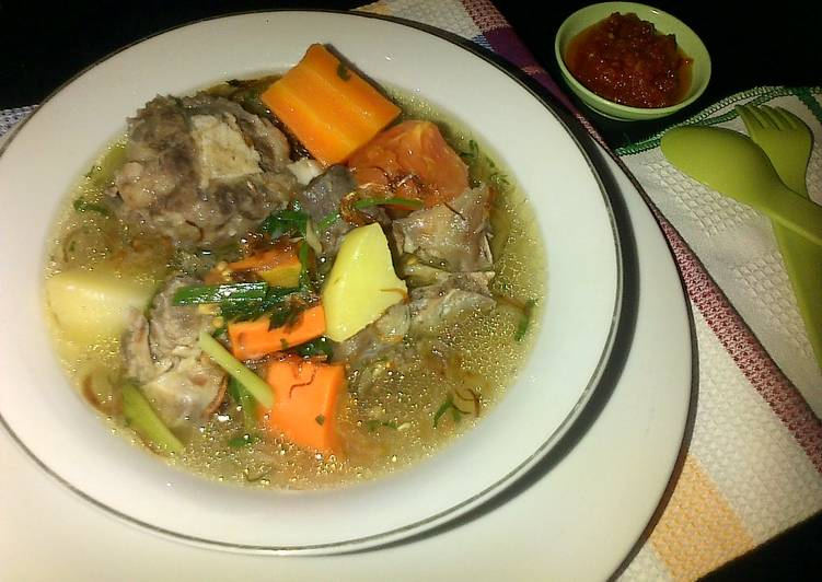 Resep Sup Buntut Dapur Nauzalla Kuah Bening Bumbu Cemplung Oleh Nauzaery Setyo Cookpad