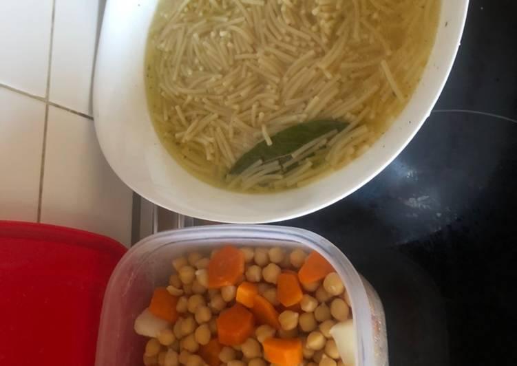 Cocido básico sin carne (ideal para vegetarianos)