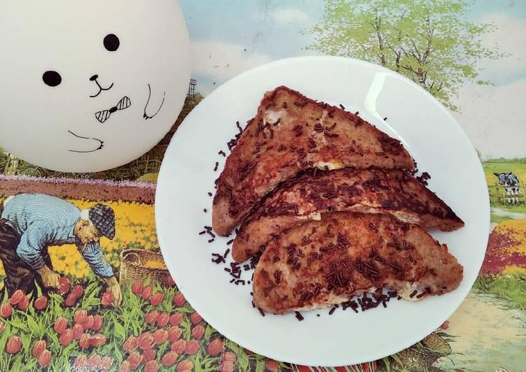 Choco french toast ala-ala