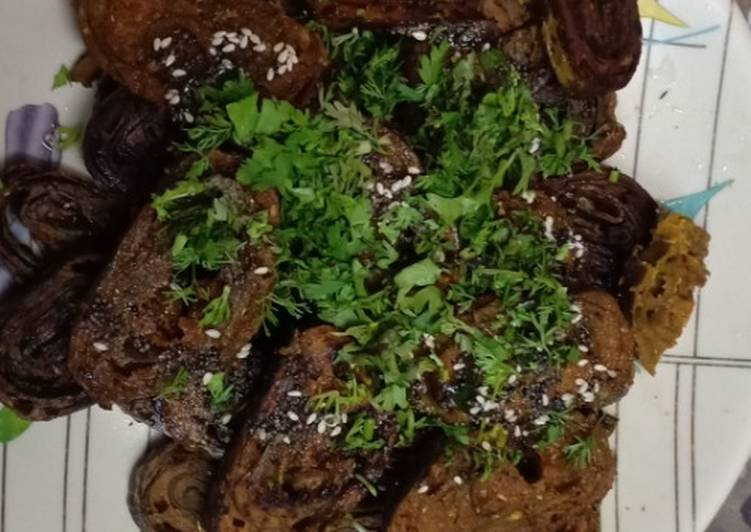 25 Minute Easiest Way to Prepare Fall Homemade crispy Patra with some spicy green chutney