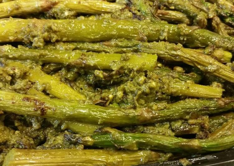 Pesto Roasted Asparagus
