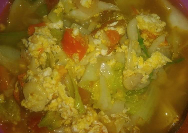 Resep Telur sayur kuah indomie ayam Paling Gampang