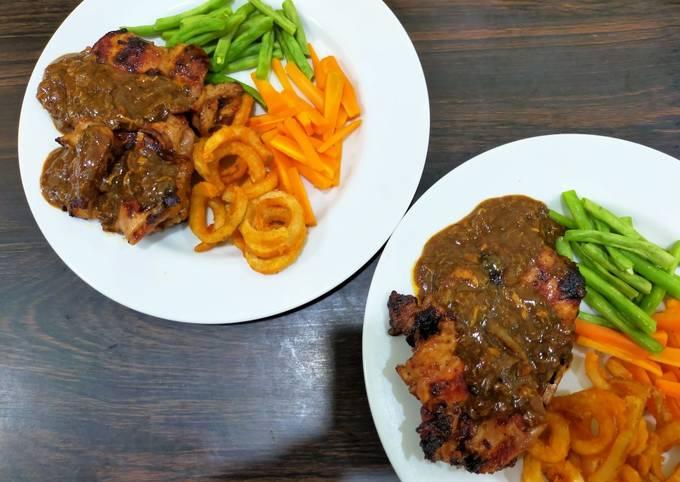 Grilled Chicken Steak BBQ Blackpepper Sauce