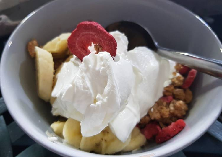 Recipe of Award-winning My Breakfast today. Granola with strawberries + & fresh Banana