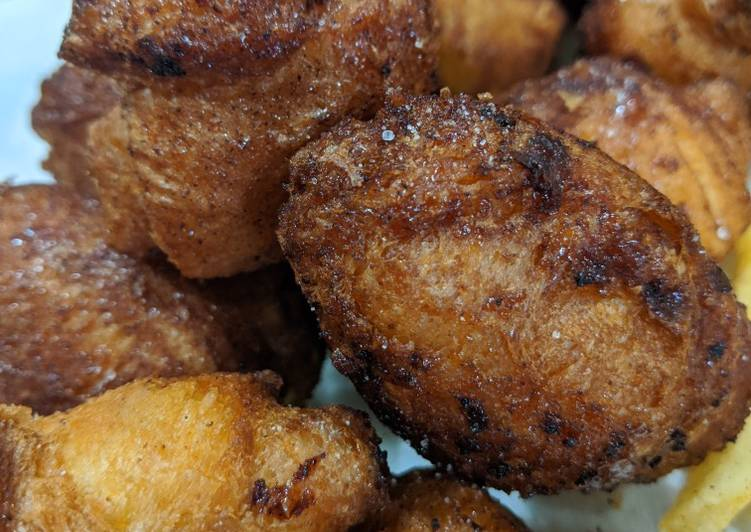 Deep Fried Cinnamon Crescents