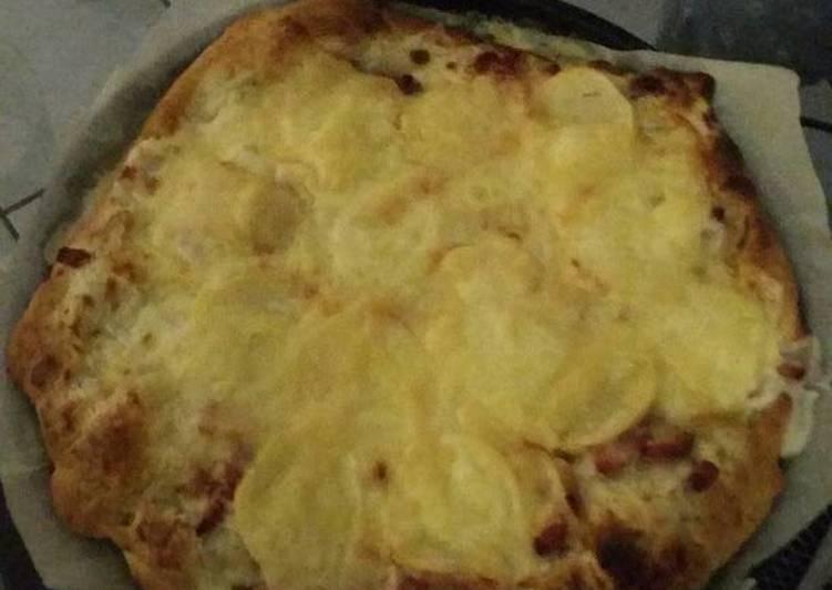 Pizza raclette lardons pomme de terre