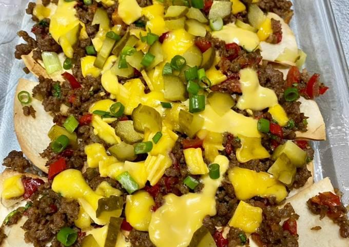 Ground meat nachos