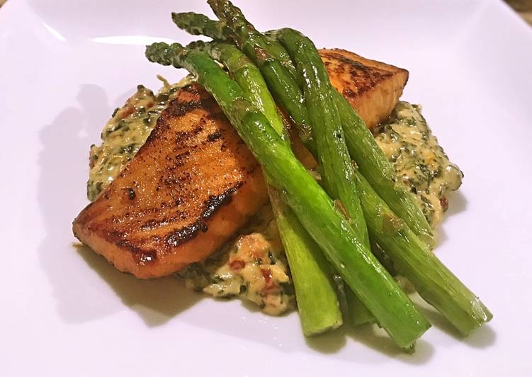 Easiest Way to Make Perfect Salmon with Tuscan creamed spinach and asparagus