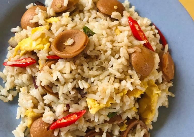 Nasi goreng sosis (tanpa kecap)
