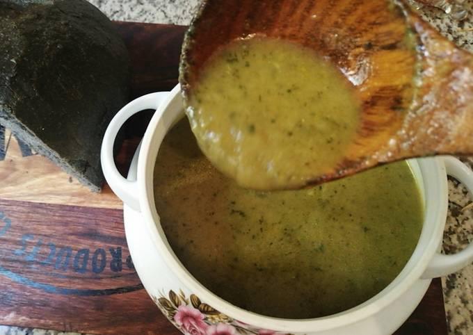 Soupe au 10 légumes vegan soupe