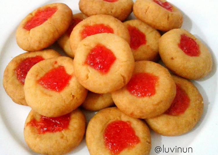 Kuker Selai Strawberry (takaran sendok)